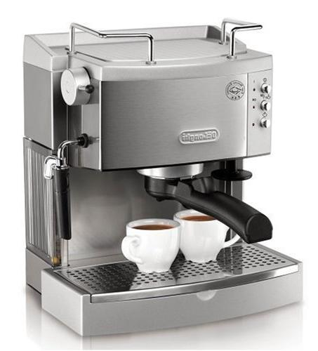 DeLonghi 15-Bar-Pump Espresso Maker with Accessory Kit